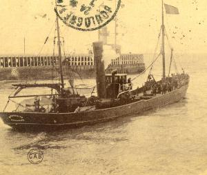 photo of the Marguerite leaving Boulogne, copyright Marie-Adrienne Fourny